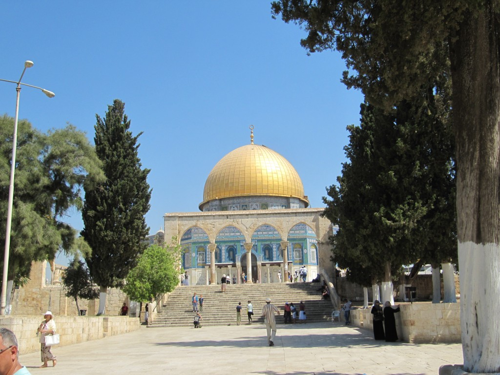 Ramparts Walk North – Audio Walking Tour in the Old City of Jerusalem