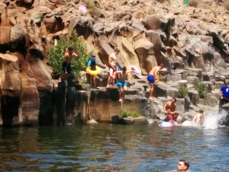 Hexagonal Pools in Nachal Zavitan